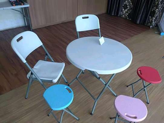 foldable round tables