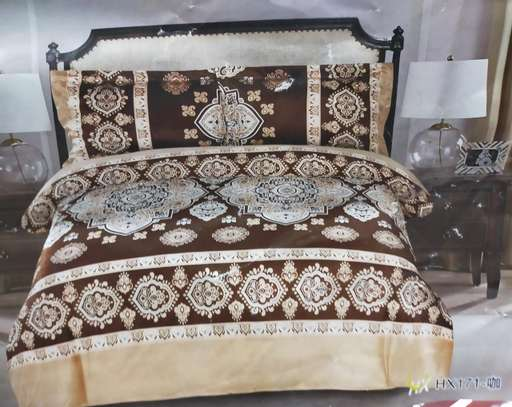 6by6 warm woolen Turkish duvets image 10