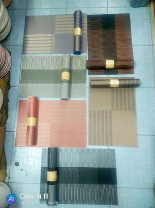 Table mats 6pcs image 1