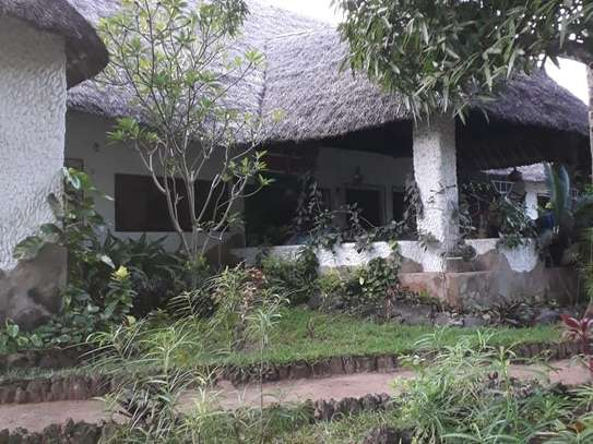 Bamburi - House