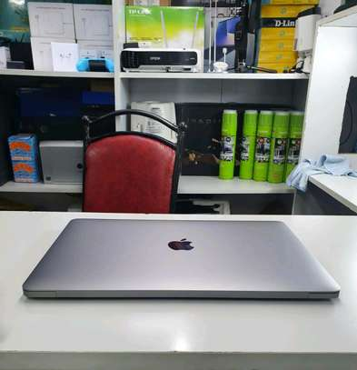 Macbook Pro 2018/ Core i5/512gb ssd image 3