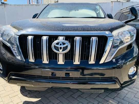 Toyota Land Cruiser Prado image 1
