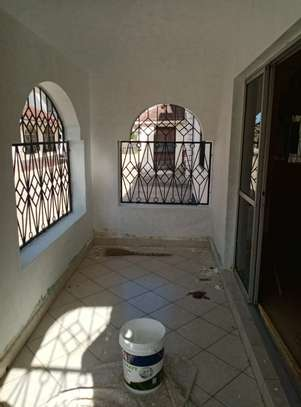 4br maisonnette all-ensuite for rent in Nyali image 13