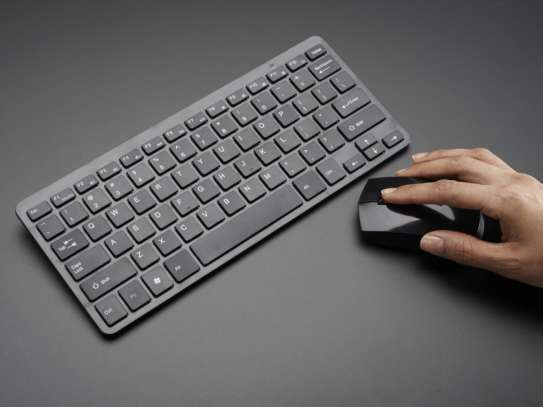 Wireless Keyboard and Mouse Combo image 1