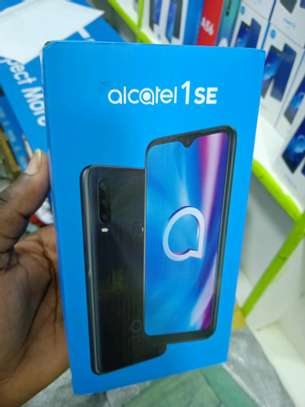 Alcatel 1SE 32gb 3gb ram 13MP triple Camera 4000mAh Battery+4G Network(in shop) image 2
