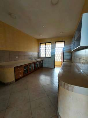 3 bedroom apartment for sale in Tudor image 9