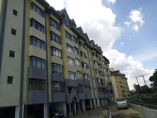 South B - Flat & Apartment image 1