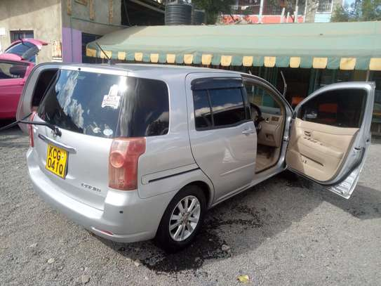 Toyota Raum KCG clean for sale