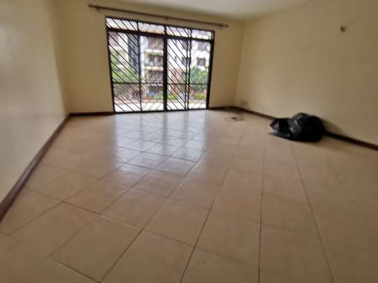 AN EXCEPTIONAL 3 BEDROOM APARTMENT ALL ENSUITE WITH DSQ image 2