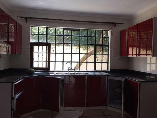 4 bedroom townhouse for rent in Kiambu Road image 9