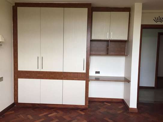 3 bedroom apartment for rent in Riverside image 11