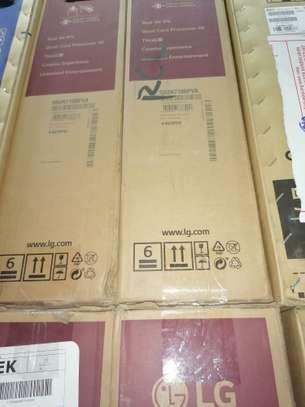Lg 55 un7100pv smart 4k led TV image 2