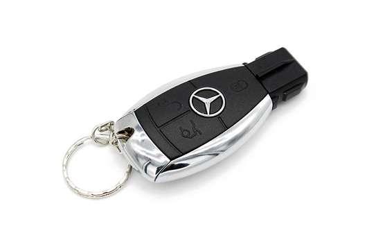 Mercedes Benz 32gb Usb Flash Drive image 2