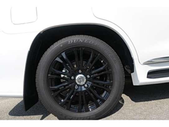 Lexus Lx570 2018 Pearl image 14