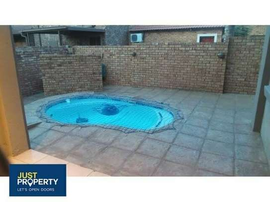 Swimming Pools Maintenance, Services and Repairs image 6
