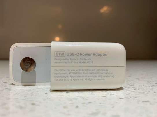 Apple 61W USB-C Power Adapter & 2m USB-C image 2