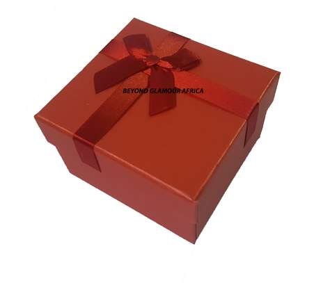 Red Gift Box image 1