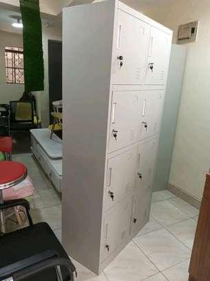 8 lockers cabinet image 1