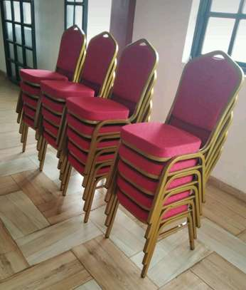 Highest quality banquet chairs image 1