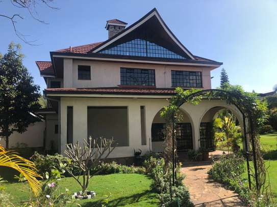 Furnished 6 bedroom house for rent in Runda image 2