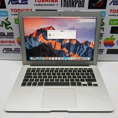 Macbook Air 2017/ Core i5/ 128gb ssd/13 image 1