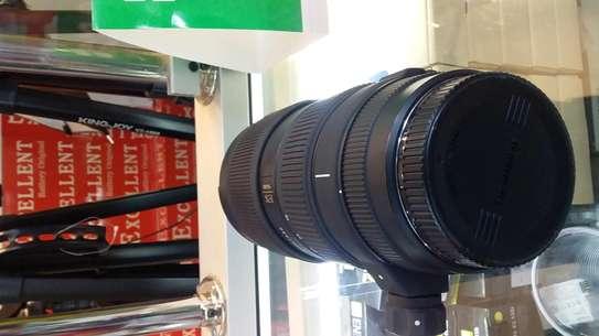 Canon camera lens image 4