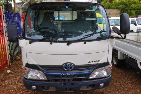 Toyota Dyna image 2
