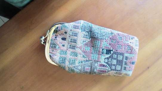 Vintage Tapestry Houses Kiss-Lock Coin Purse