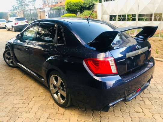 Subaru Legacy image 9