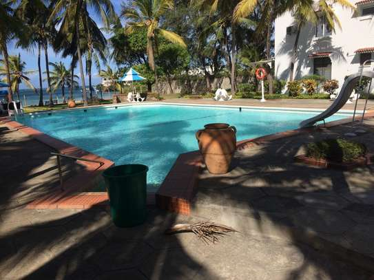 2br Ocean Front Apartment For Rent In Nyali. AR30 image 1