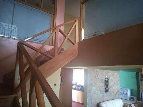 5 bedroom house for sale in Kitengela image 11