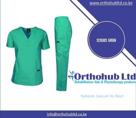 Medical Scrubs image 1