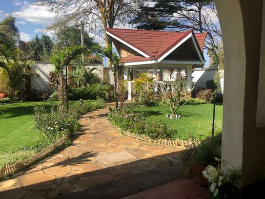 Furnished 6 bedroom house for rent in Runda image 8