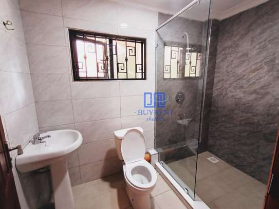 3 bedroom house for rent in Old Muthaiga image 8