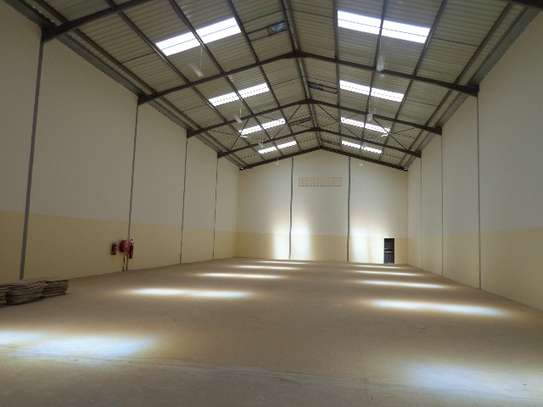 8000 ft² warehouse for rent in Athi River Area image 7