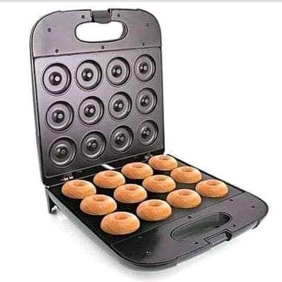 Electric donut maker image 1
