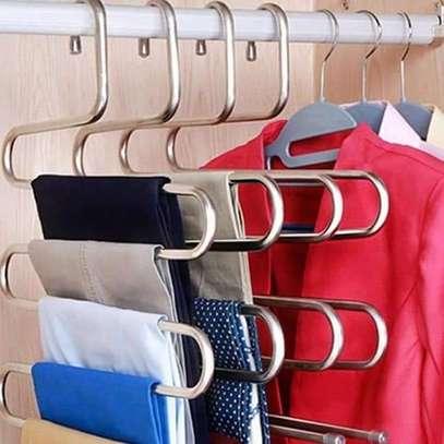 4 pieces Trouser hanger ksh 2000 image 1