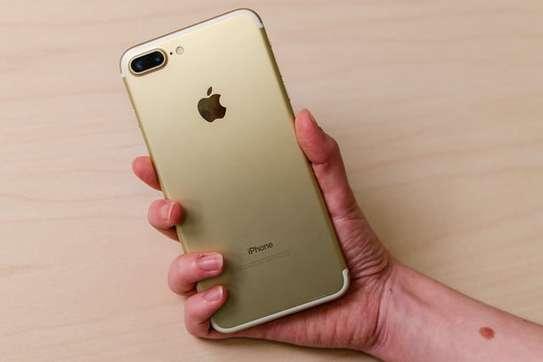 Apple iPhone 7 Plus image 2