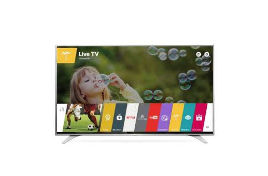 New LG 49 inches Smart Digital TV image 1
