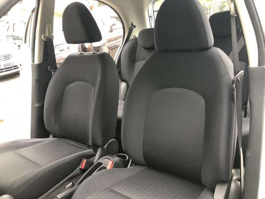 Nissan March image 10