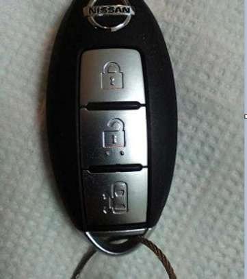 Nissan 3 Button Smart Key Fob image 1