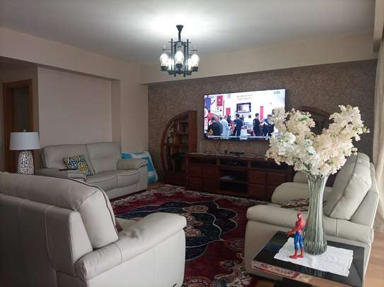 Furnished 3 bedroom apartment for rent in Kileleshwa image 4