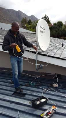 Looking for a DSTV installation /TV mounting/DSTV Repair? image 10