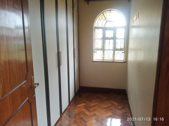 Spacious 4 bedroom home to to let@ Garden estate image 9