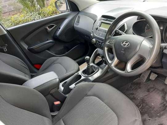 Hyundai Tucson image 8