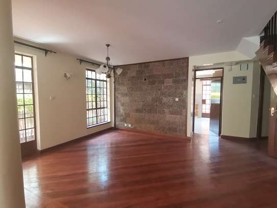 CLEAN AND SPACIOUS 5BEDROOM TOWNHOUSE WITH DSQ image 6