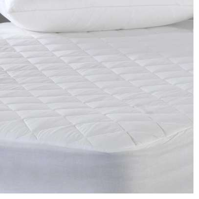 WHITE 4 BY 6 MATTRESS PROTECTOR image 2