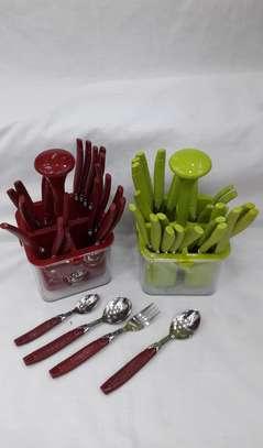 24 pieces cutlery set image 1