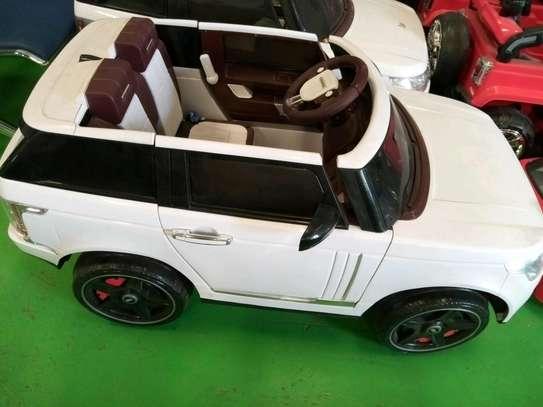 Toy car image 1