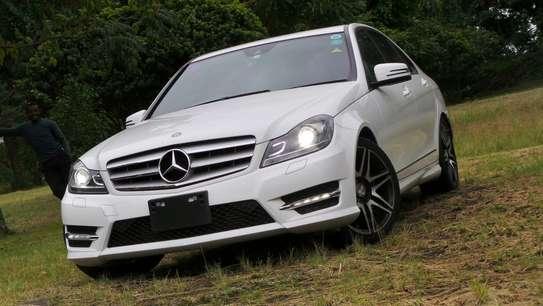 Mercedes-Benz C180 image 1